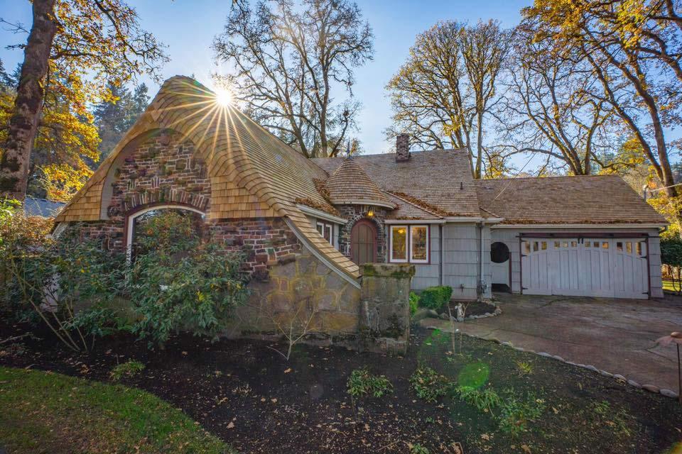 Charming Cedar Shingle Roof